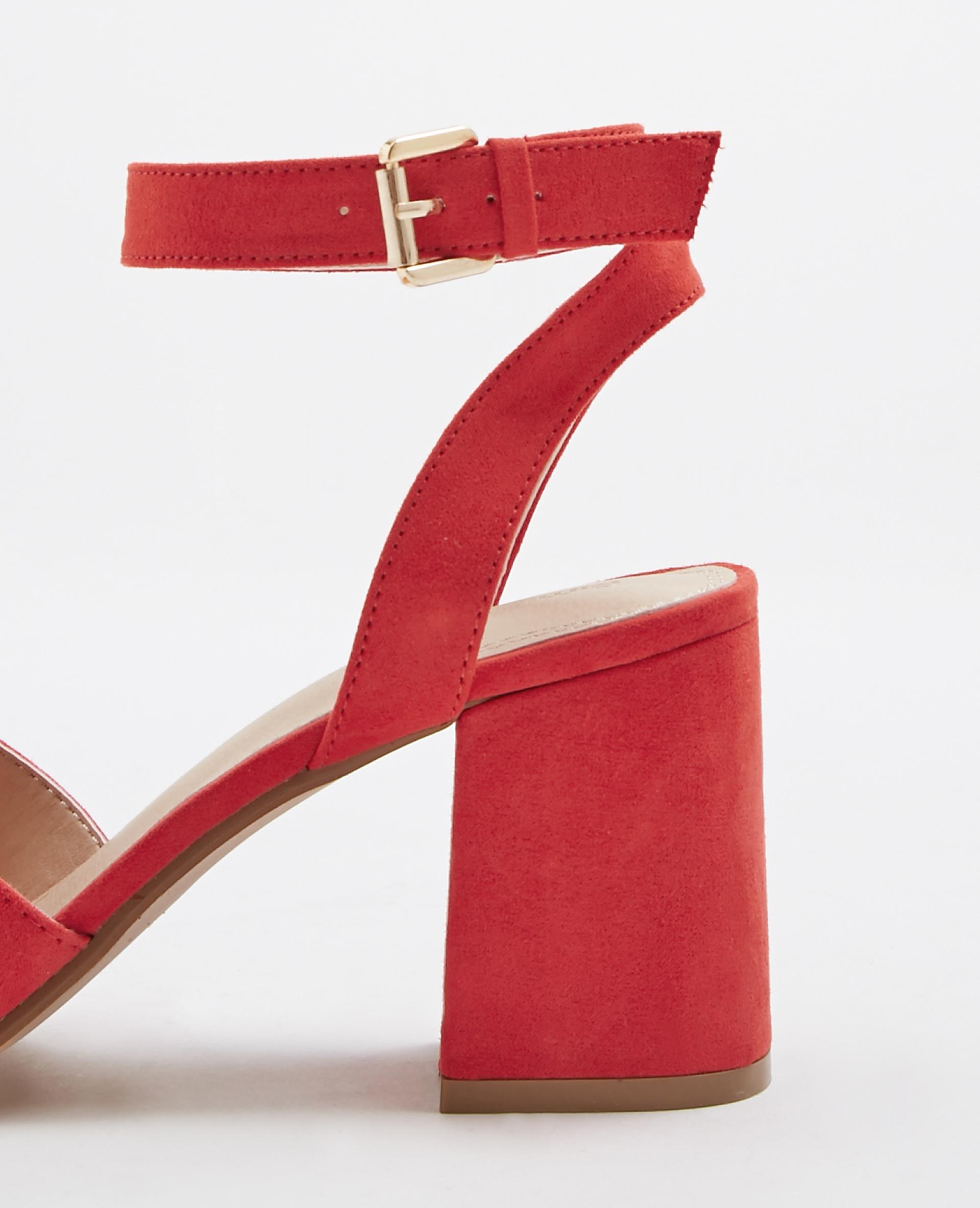 Sandales à talons carrés rouge 916455334A03 | Pimkie